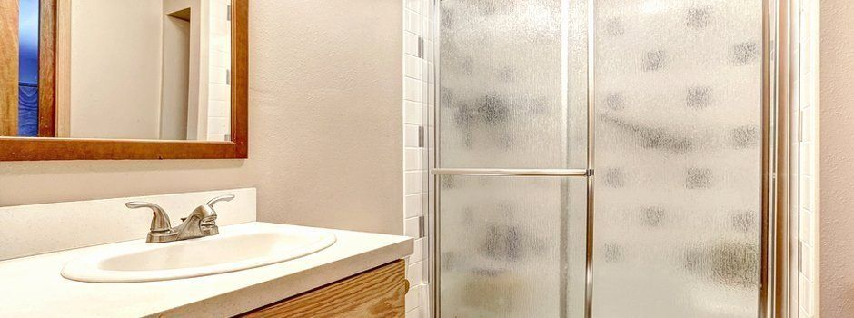 Bathroom Door Interior Design Fresh Shower Doors O D Greene Eshowroom 1000 In 2020 Door Design Interior Glass Bathroom Modern Bathrooms Interior