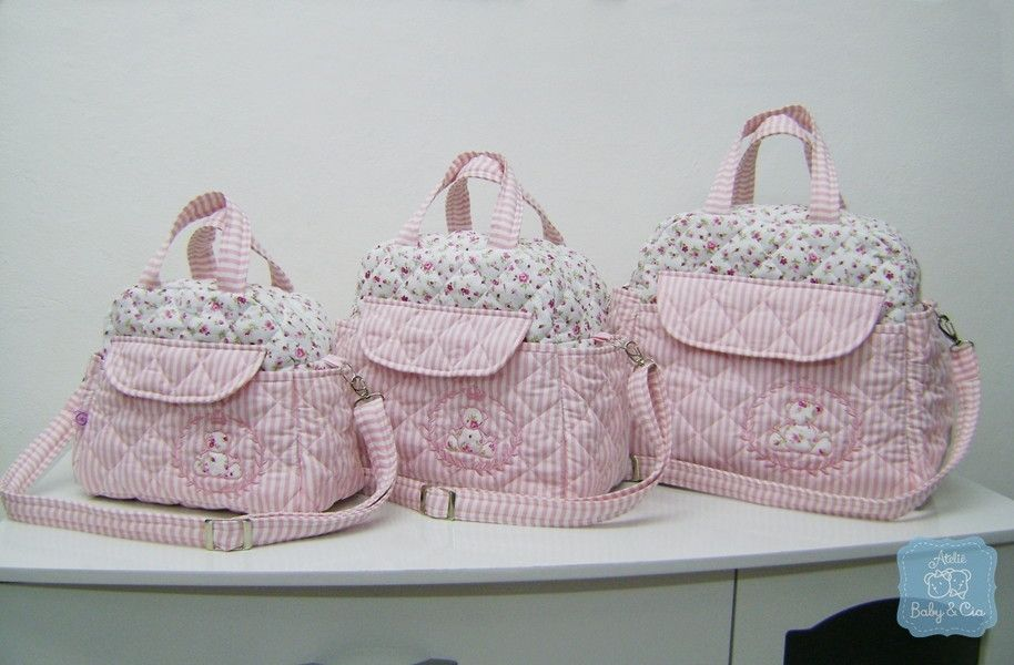7d982bebbe Kit bolsas de bebê p m g rosa e florido