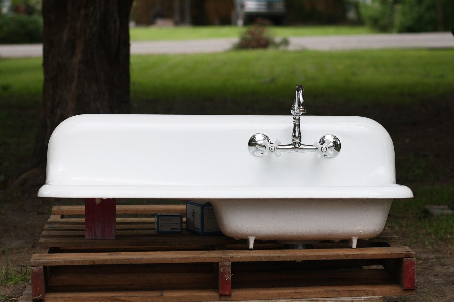 Vintage 1940\'s Cast Iron Backsplash Drainboard Farmhouse Sink ...