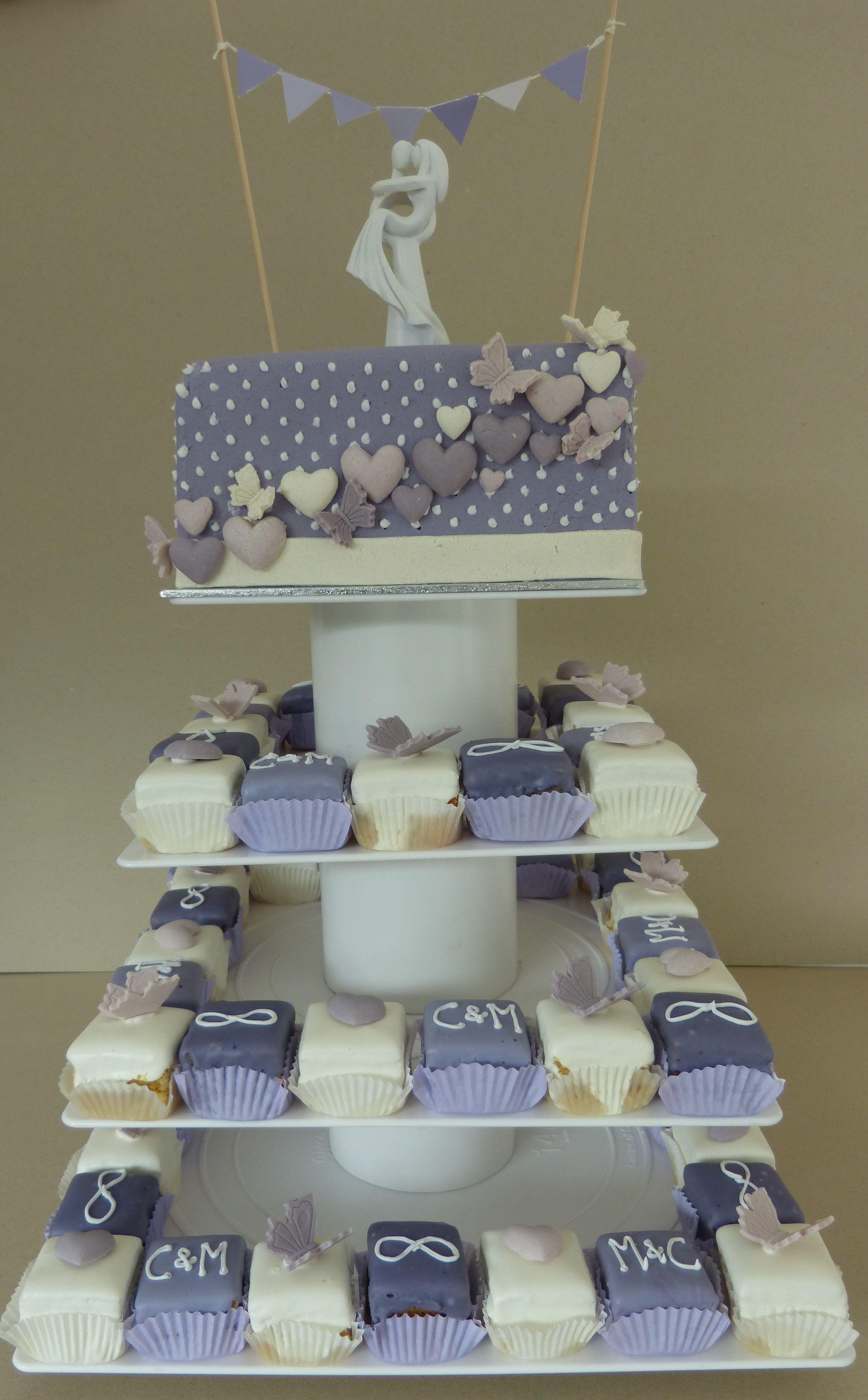 Wedding Cake Hochzeitstorte Lila Herzen Modern Cake Cube Konz