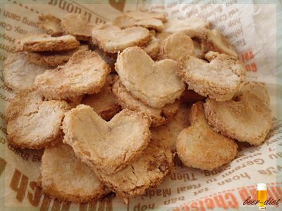 カルダモンとチーズのヘルシーおからクッキー|ビールと節約ヘルシー料理!