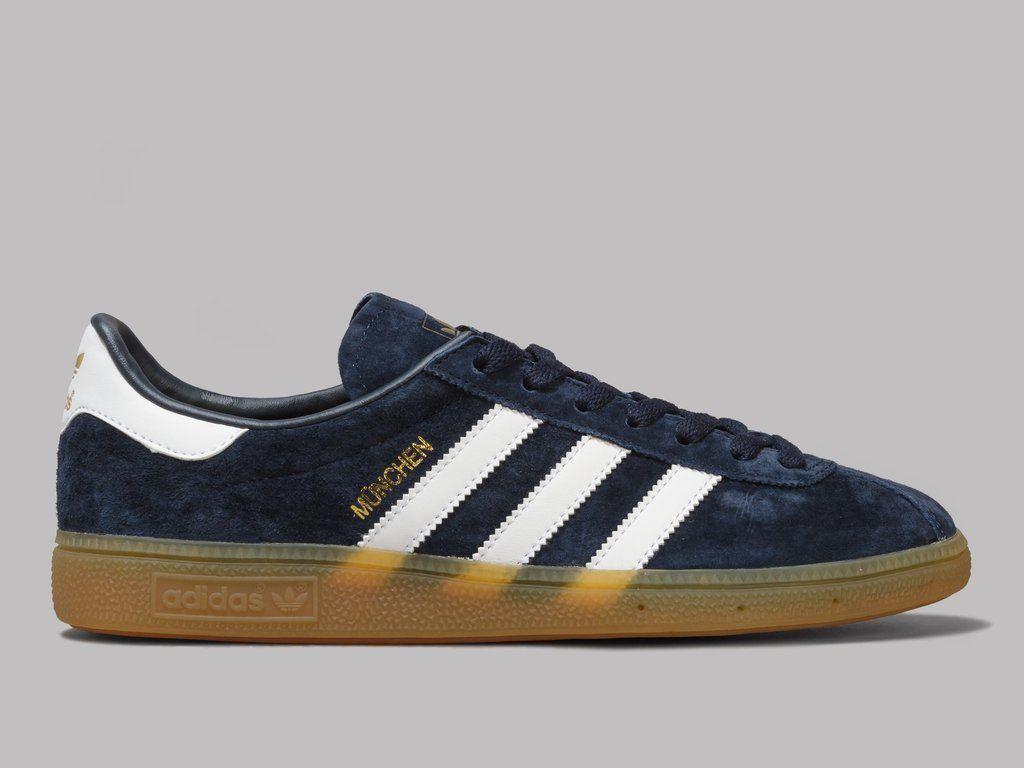 Munchen Shoes Dark BlueCollegiate NavyGum