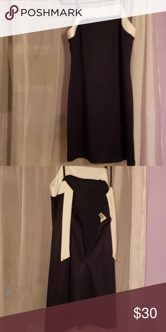 Was a bridesmaid dress Dark navy blue with white top not to short or to long Amy Byer Dresses #navyblueshortdress