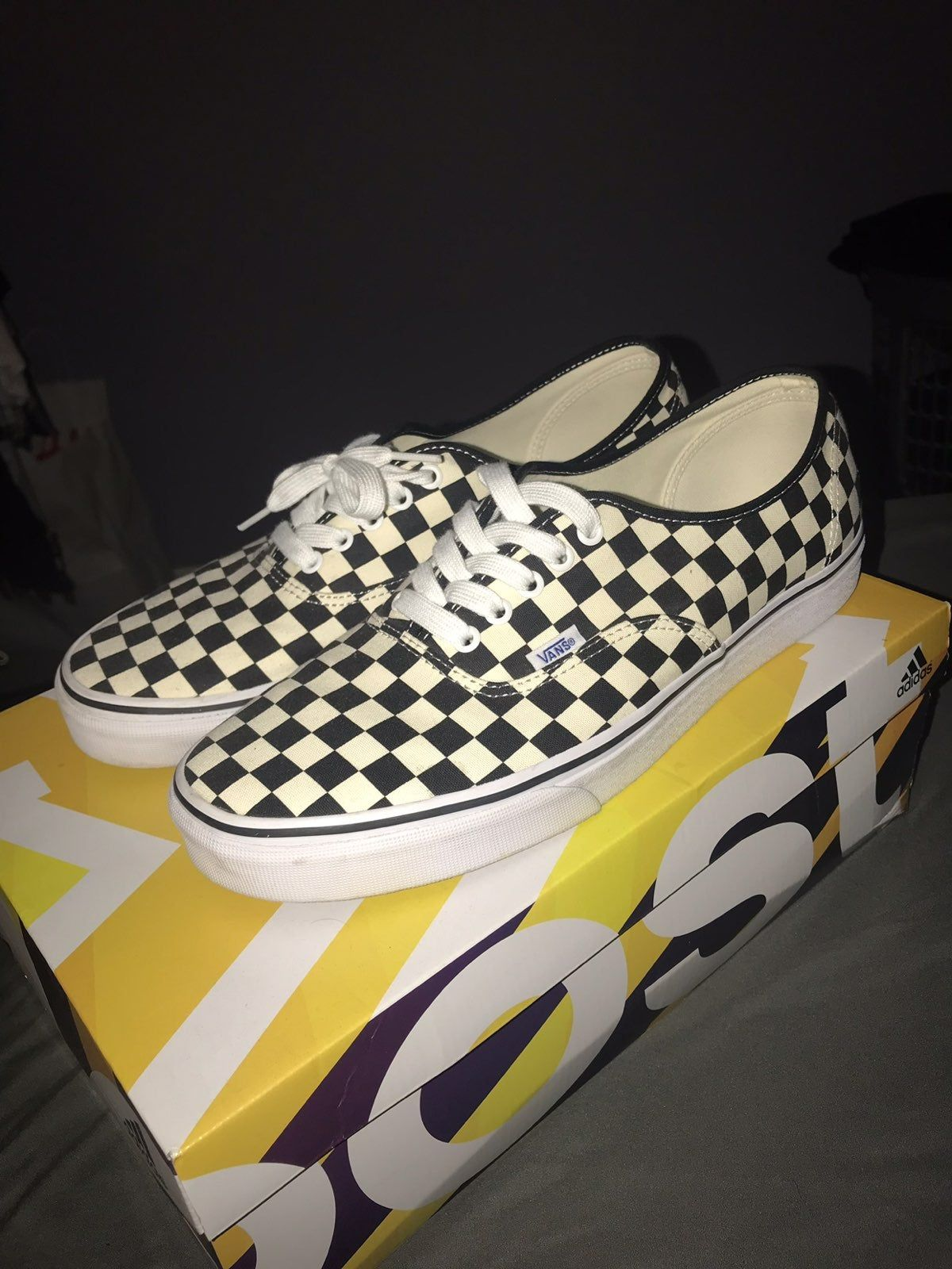 Worn once and never worn again Don't be afraid to offer | Vans