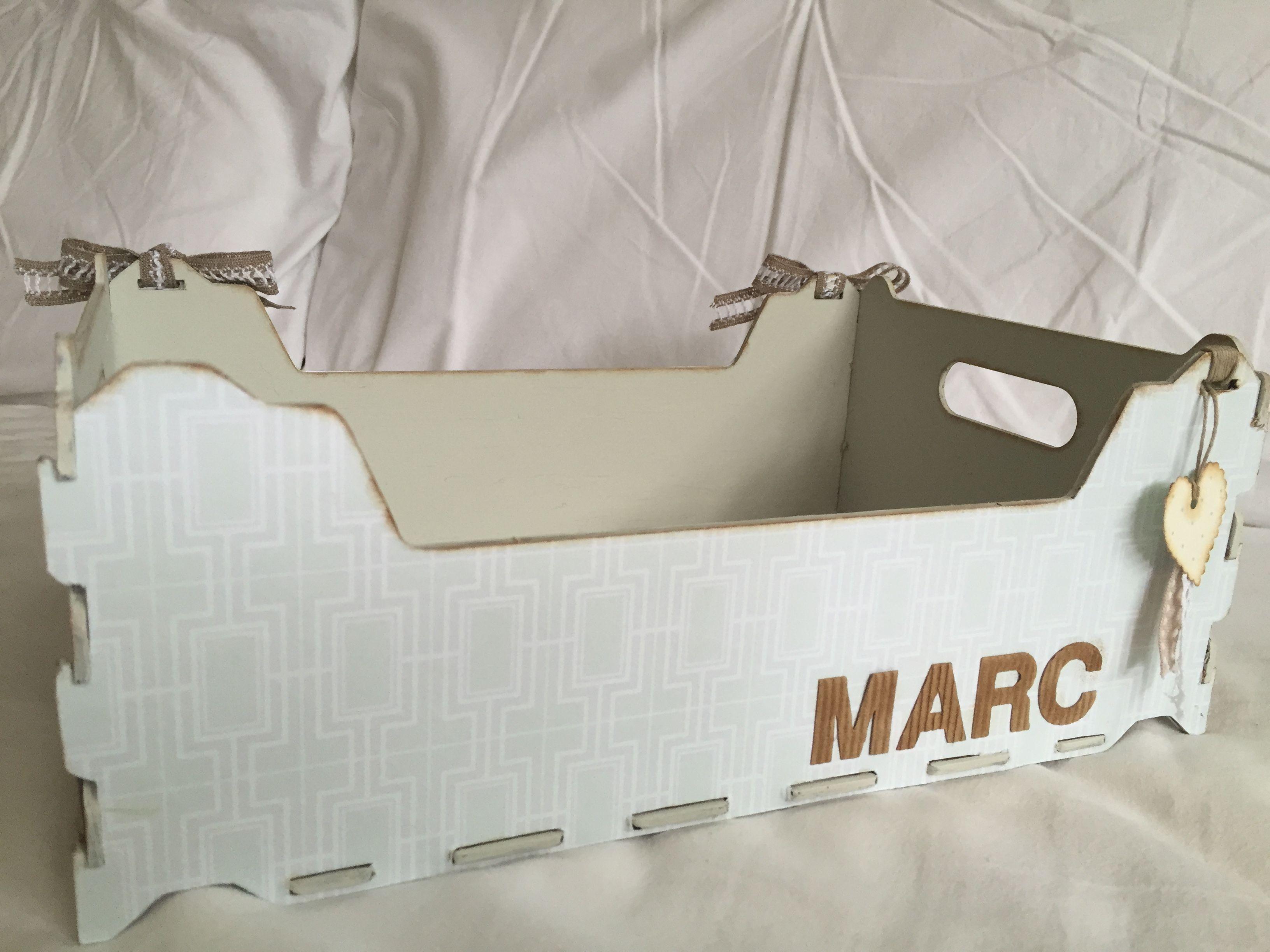 Caja decorada para M