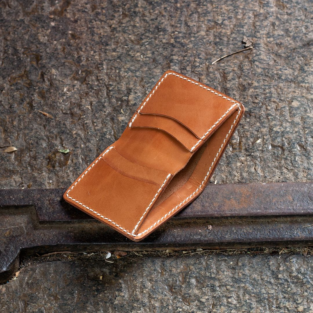 Make A Leather Bi-Fold Wallet
