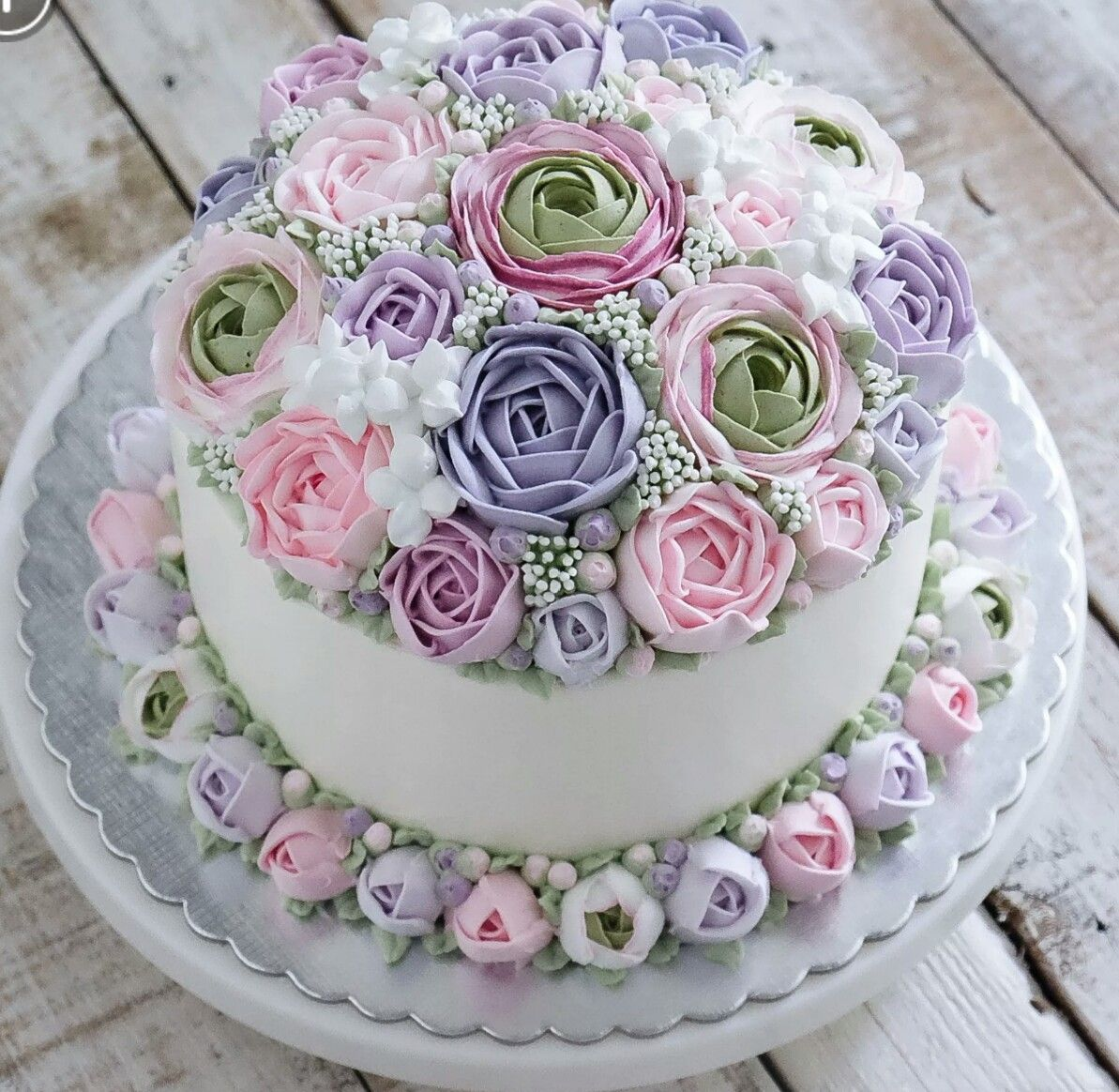 Purple And Pink Floral Cake Cake Flowers Pinterest Floral Cake