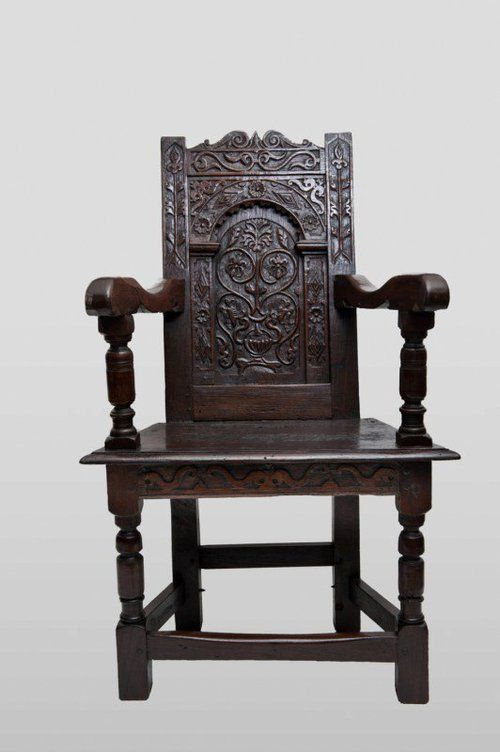 Early 17th C Oak Wainscot Chair. C 1610/20