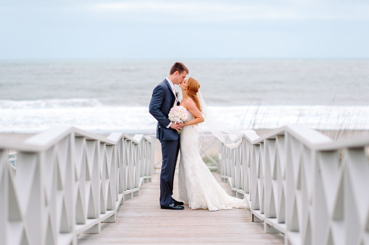 A Romantic Beach Wedding At Debordieu Club In Georgetown South Carolina Romantic Beach Wedding Myrtle Beach Wedding Romantic Beach