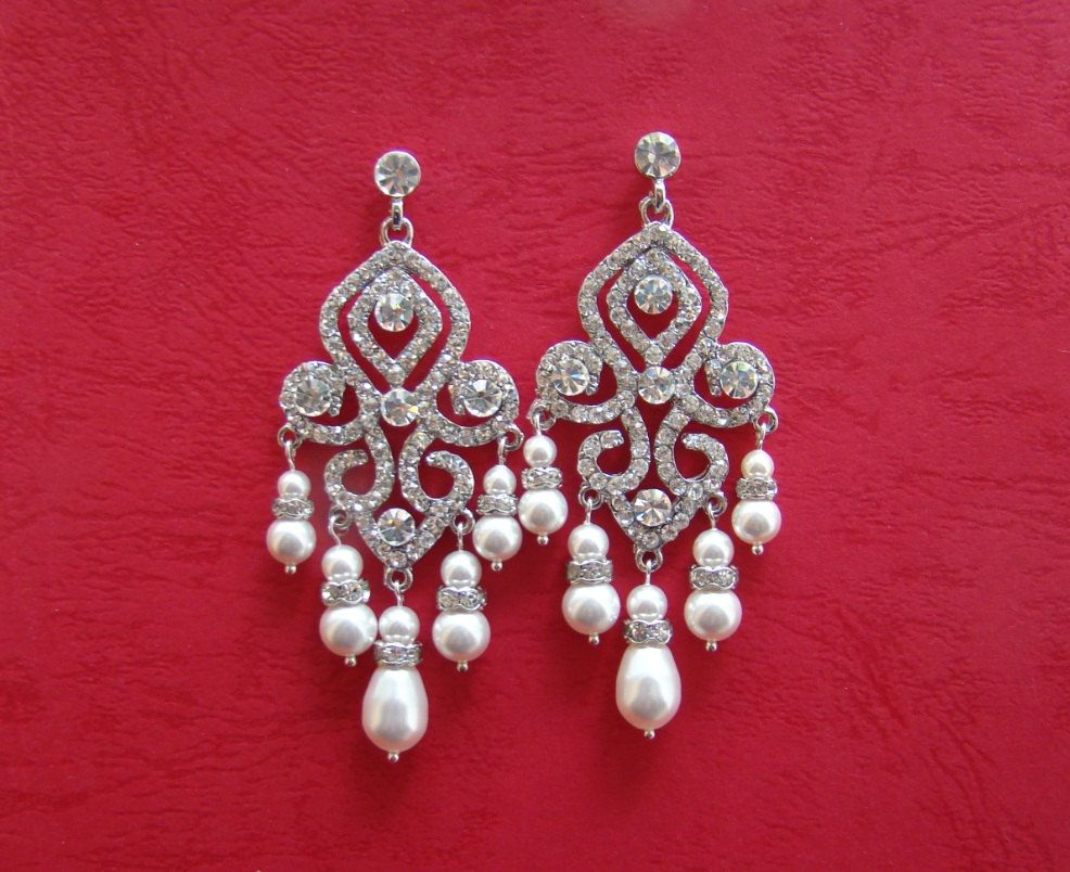 Items Similar To Bridal Chandelier Earrings Swarovski Pearl Rhinestone Crystal Bridesmaids On Etsy