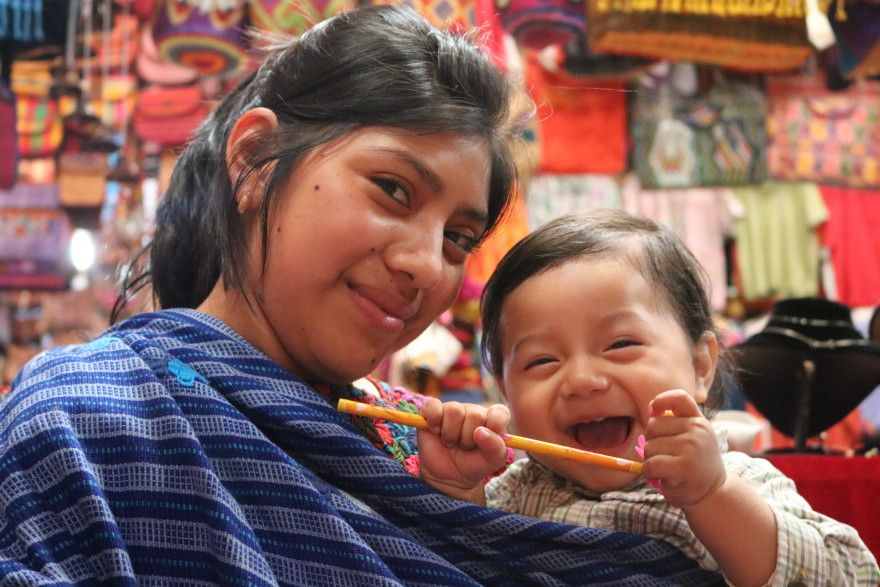 Beautiful smiles! #Guatemala #GirlGoneTravel www.coeduc.org