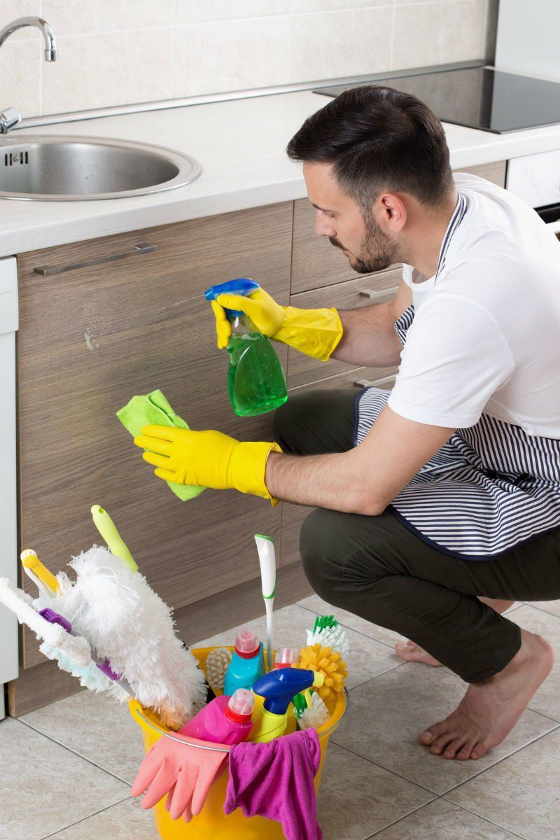 The Dos And Don Ts Of Cleaning Kitchen Cabinets Clean Kitchen Cabinets Clean Kitchen Kitchen Cabinets