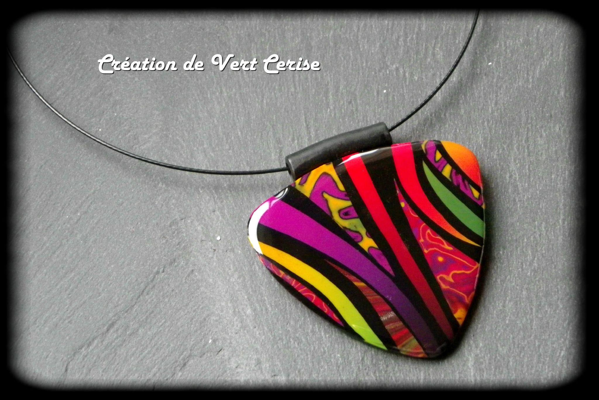 vertcerise - brilliant color polymer clay pendant