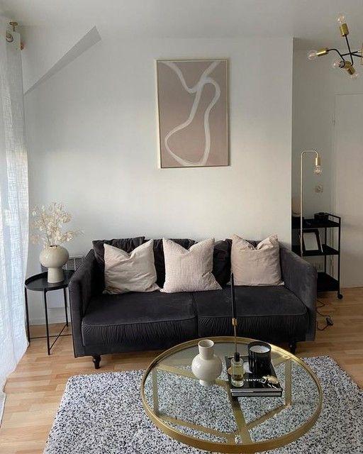 —@appartement.24 - LIVING 🦙 #decor #design #interiordesign #interiordecor #interieur #interior #inspideco #inspiration #inspohome #homedecor #homemade #homedesign #flowerstagram #flowers #zarahome #hmhome #decor #decoration #homesweethome #homestudio #homestyle #homestyling #passiondeco #cocktails #cocktail #pampas #pampasgrass #hmhome #hmxme #monnaiedupape