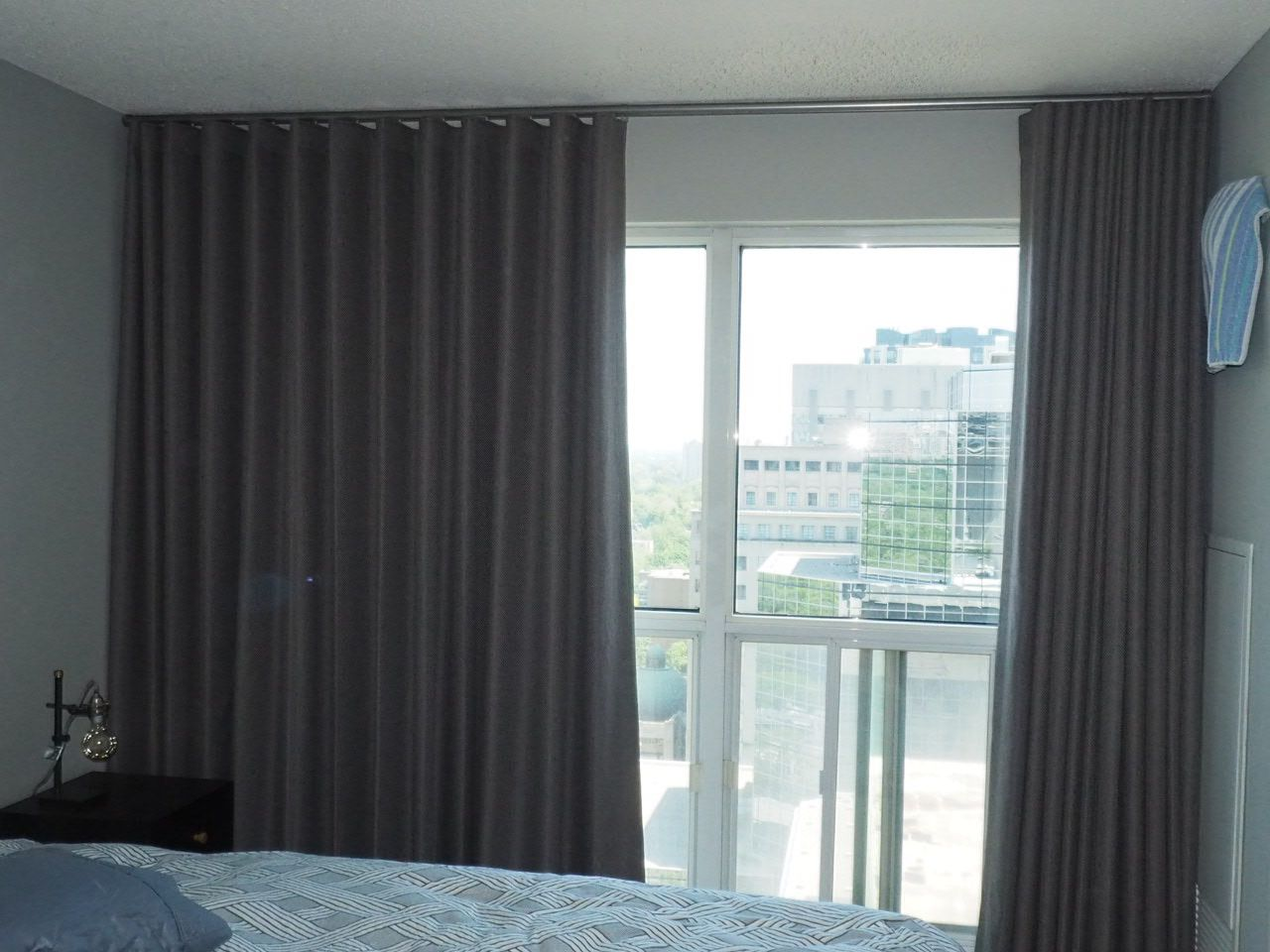 Ceiling Mounted Blackout Drape Room Darkening Modern Wave Drapes For A Condo Blackout Blinds Blinds Buy Curtains