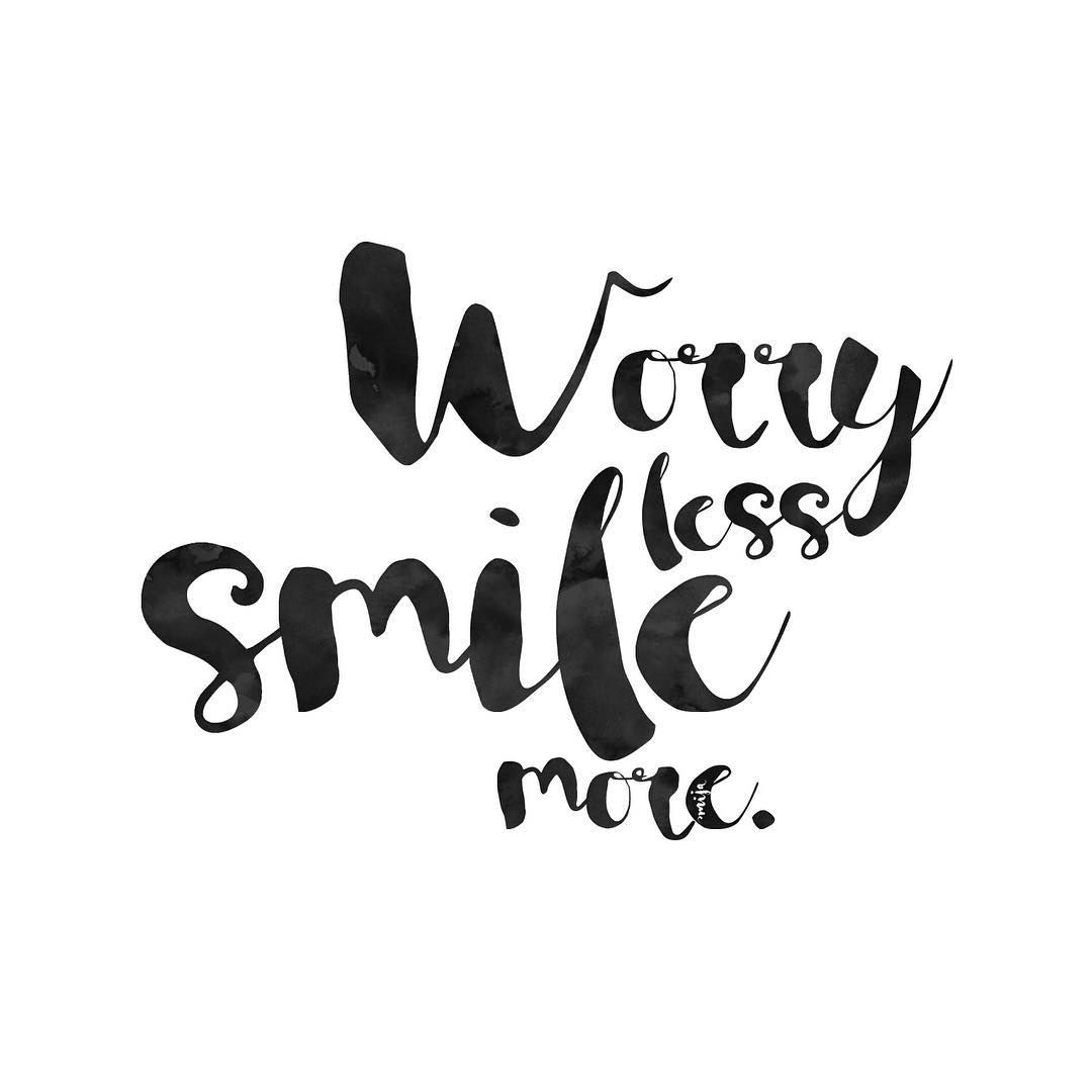 ❥ worry less smile more words citaten over geluk instagram