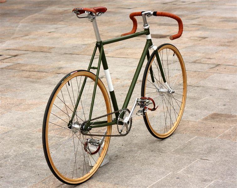 Die Stadt unter den Reifen spüren – mit einem Singlespeed Bike aus Berlin.