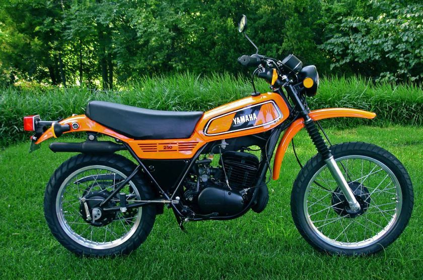 Claimed To Be In Outstanding Show Condition This Classic Dual Sport Looks Great In Brilliant Orange And Satin Black Yamaha Bikes Sport Bikes Enduro Motorcycle