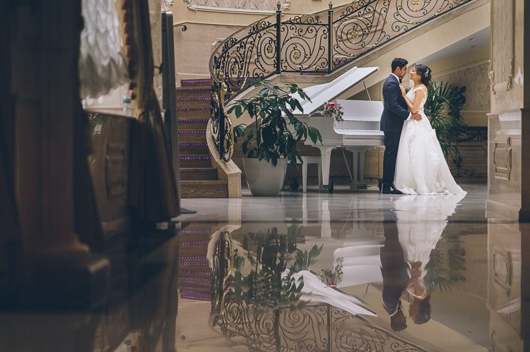 Da Mikele Illagio Wedding In Queens Ny Captured By Nyc Wedding Photographer Ben Lau Queen Wedding Dress Beautiful Wedding Dresses Wedding Dresses