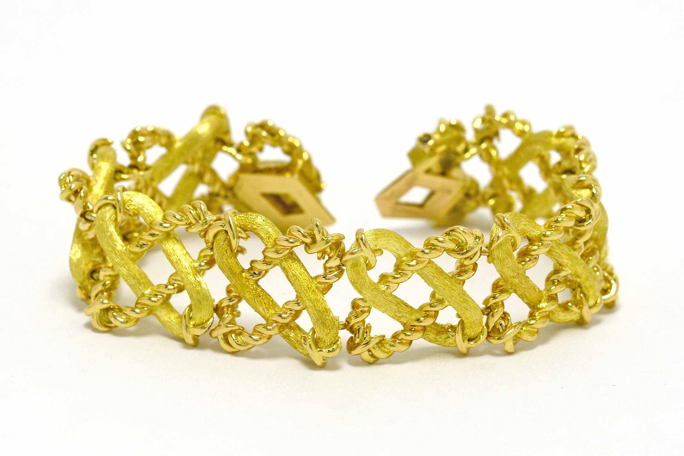 b8f2c165960 Tiffany Schlumberger Paris 18K Gold Link Bracelet Slide Lock Modernist  Jewelry
