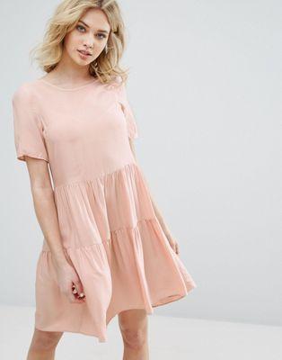 Vero Moda Tiered Ruffle Smock Dress | delightfully styled | Pinterest