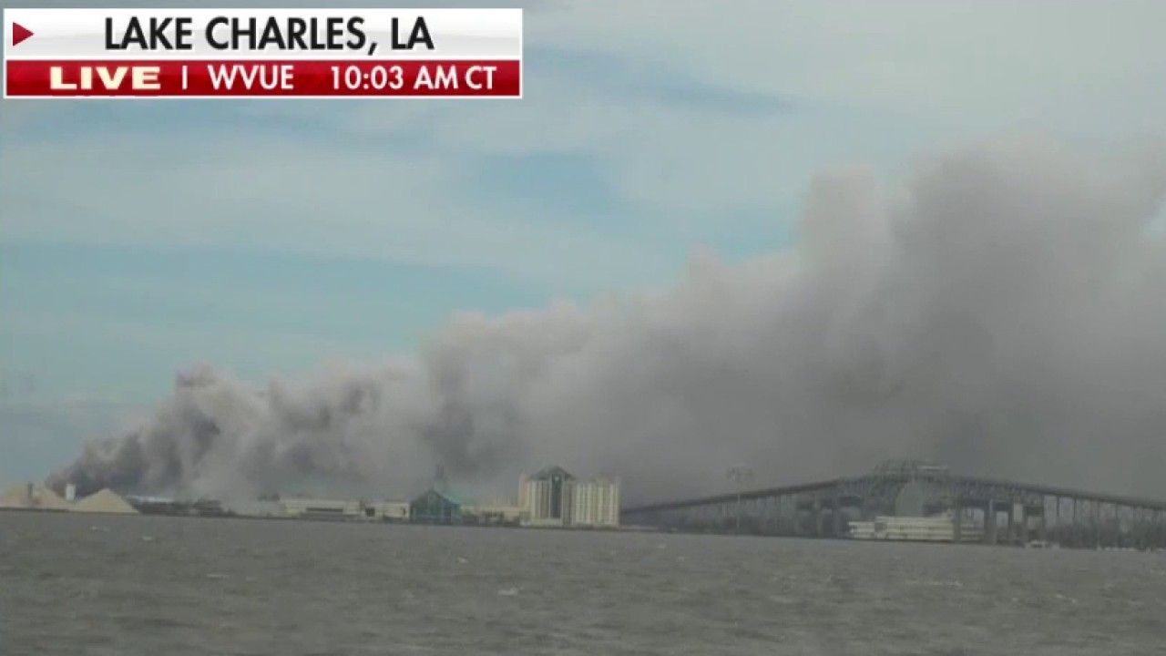 Hurricane Laura Aftermath Chemical Fire Erupts Outside Lake Charles Louisiana Fox News In 2020 Lake Charles Lake Charles Louisiana Chemical