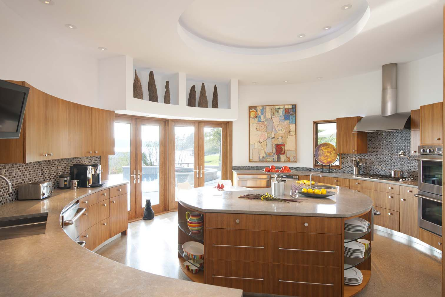4 Frank Lloyd Wright Homes For Sale And They Re Awesome Curved Kitchen Contemporary Kitchen Kitchen Renovation