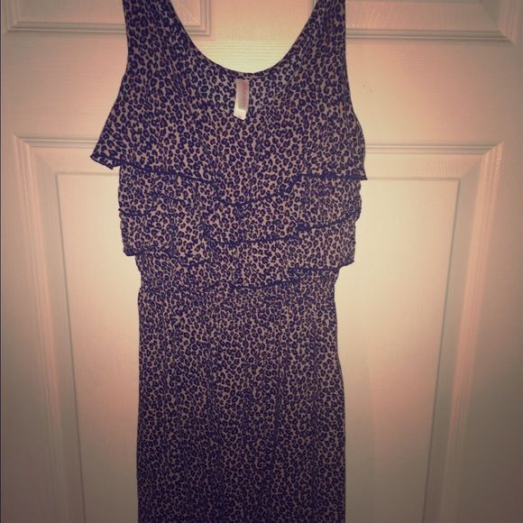 Cheetah print short dress Perfect condition! Purchased from Target. I am 5'8 and its sits above my knees Xhilaration Dresses