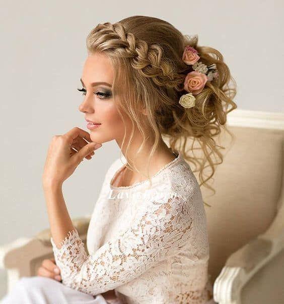 23 Evergreen Romantic Bridal Hairstyles: 30 Braided Wedding Hairstyles That'll Make You Shine (2020