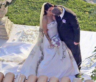Jesse James S Extravagant Wedding To Billionaire Alexis Dejoria Extravagant Wedding Celebrity Weddings Bride