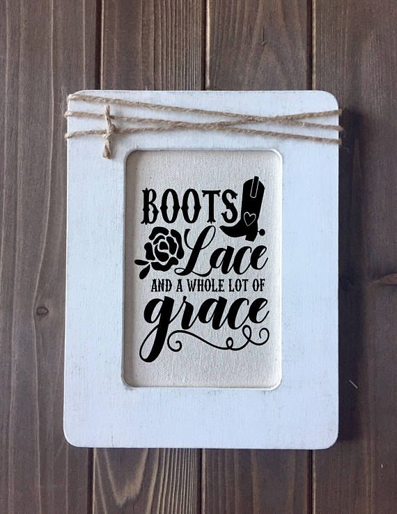01c01f95 Rustic Southern Sign with Quote