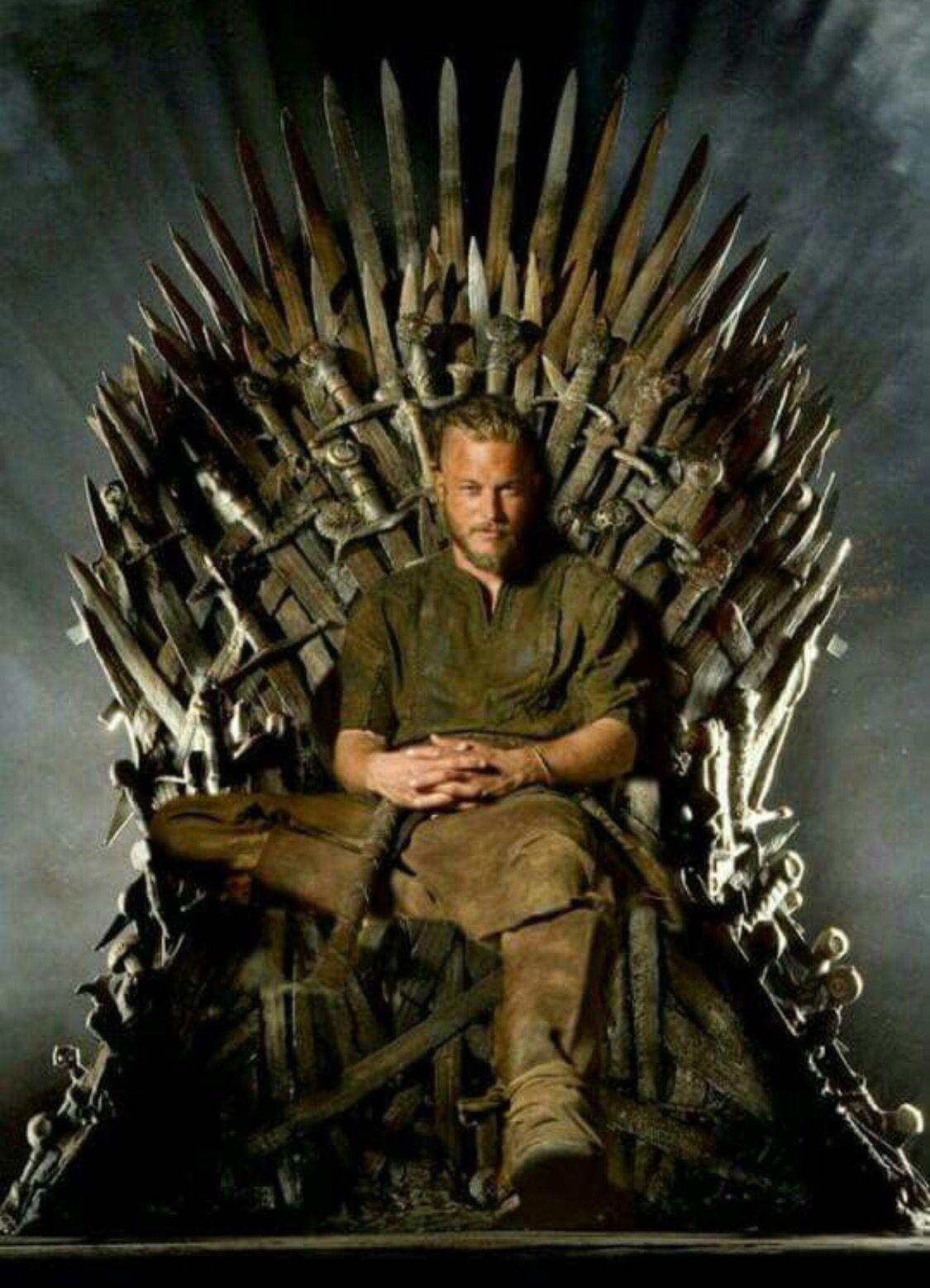 Ragnar when worlds collide... Travis fimmel, Vikings