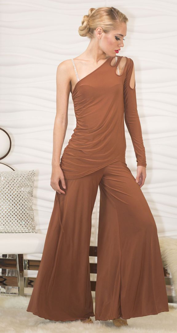 This Super Wide Leg Palazzo Give You The Comfort Of Wearing Pants