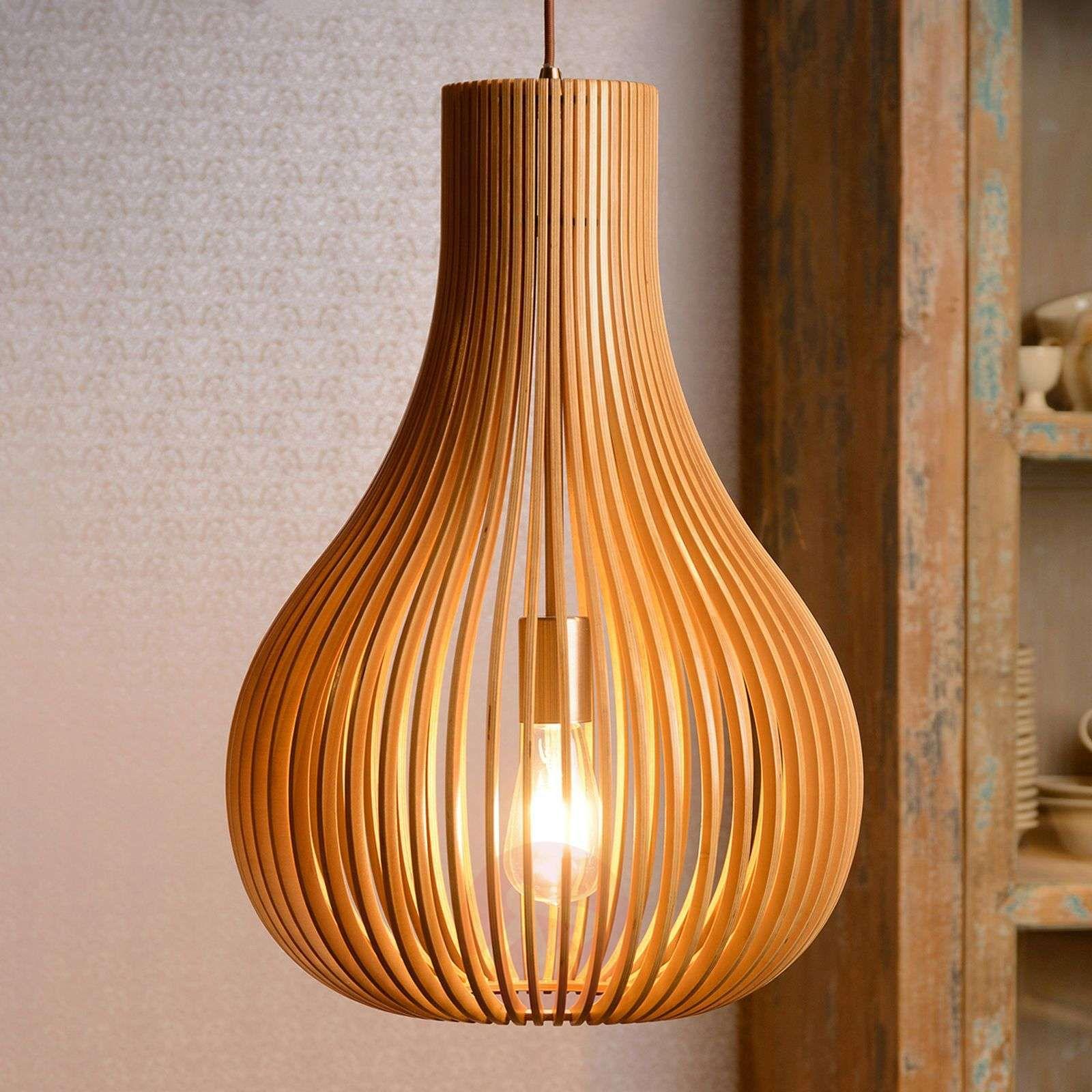lampy wiszące długie z drewnem