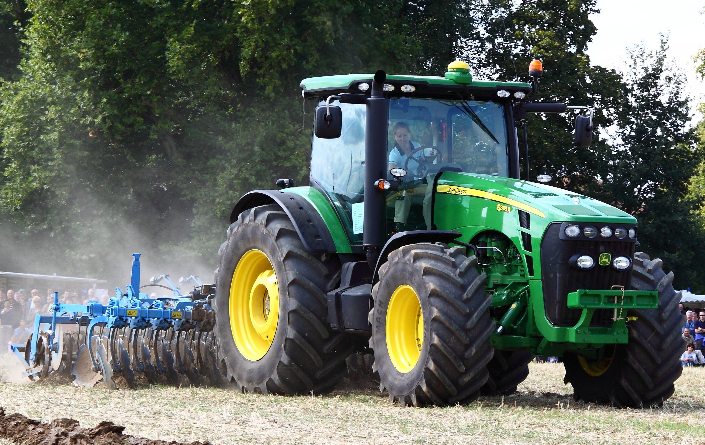 John Deere - Wikipedia, the free encyclopedia   tractors