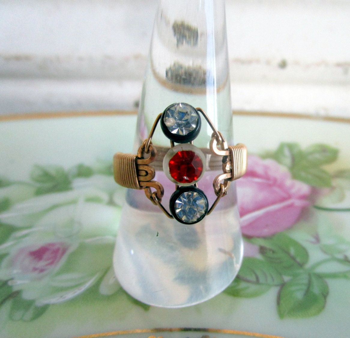 Vintage Art Deco Wire Ring with glass rhinestones by Holliezhobbiez on Etsy