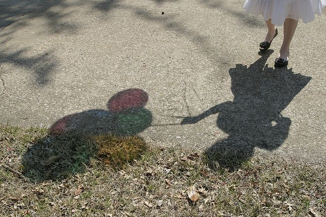Balloons make such lovely shadows.
