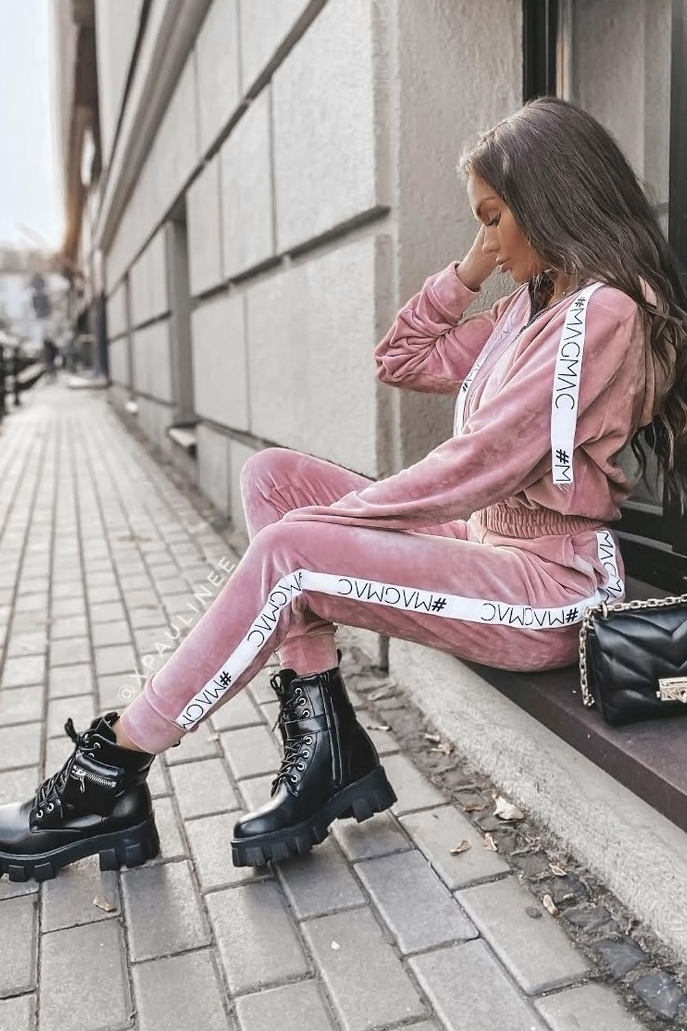 Welurowy Dres Komplet Queen Style Style Fashion Outfits