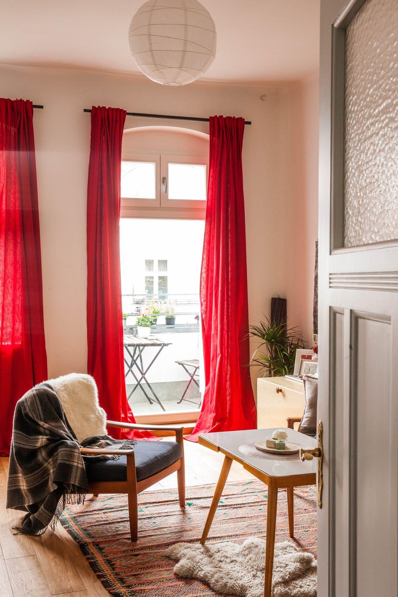 a french meets west coast creative berlin apartment berlin apartmentapartment therapyroommateshome interiorsbathroom subway tilessquare