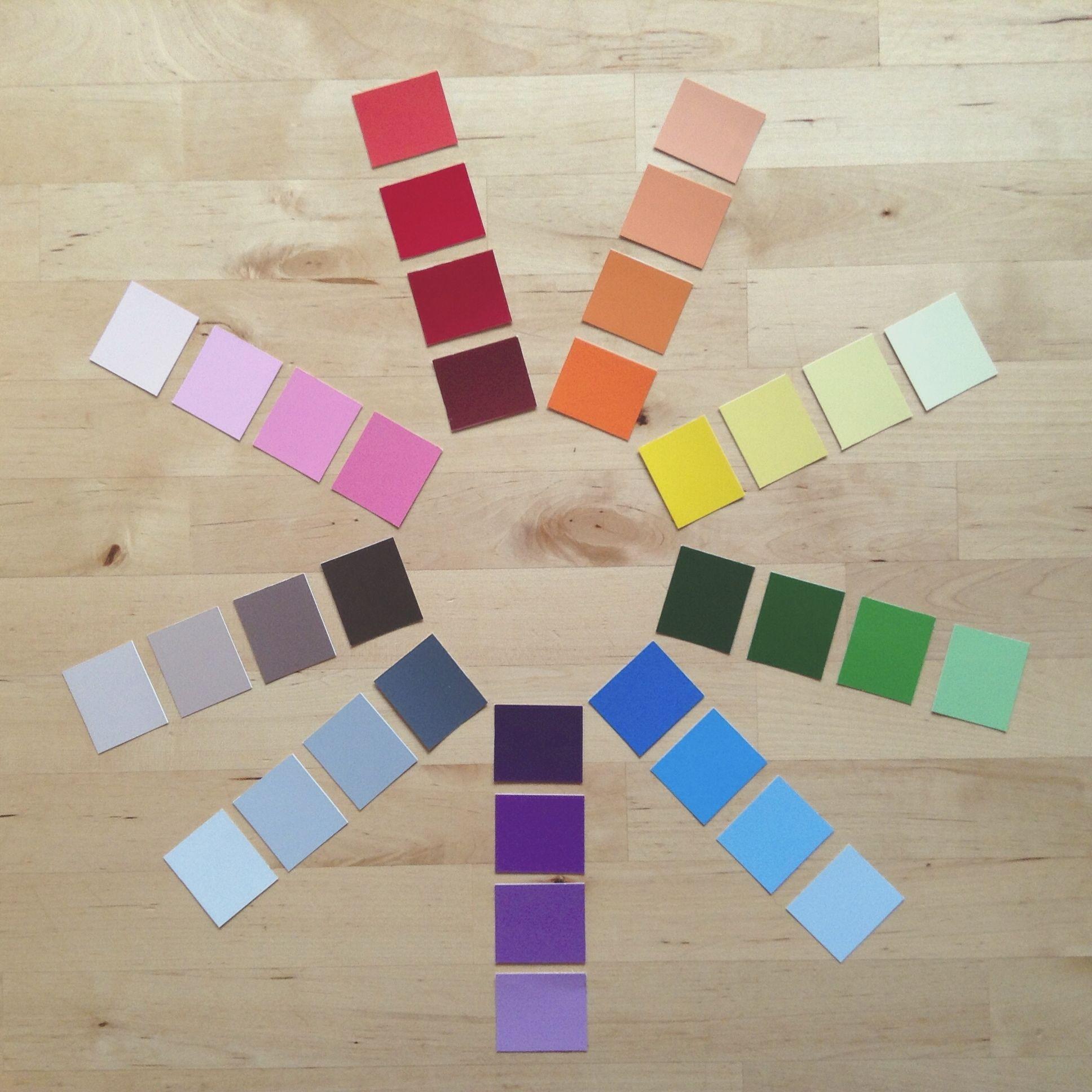 les nuances de couleurs fabriquer avec des cartons d. Black Bedroom Furniture Sets. Home Design Ideas