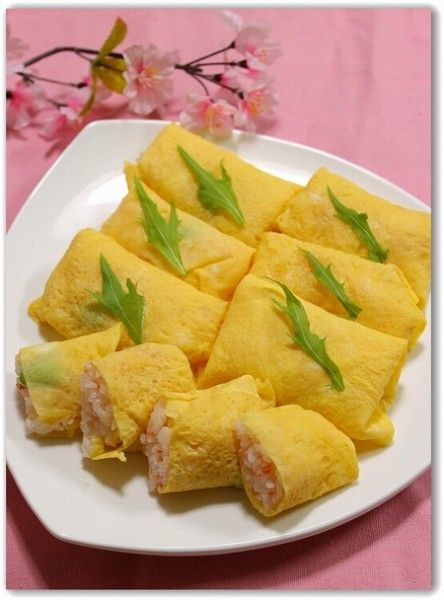 Sushi wrapped Usuyaki Eggs