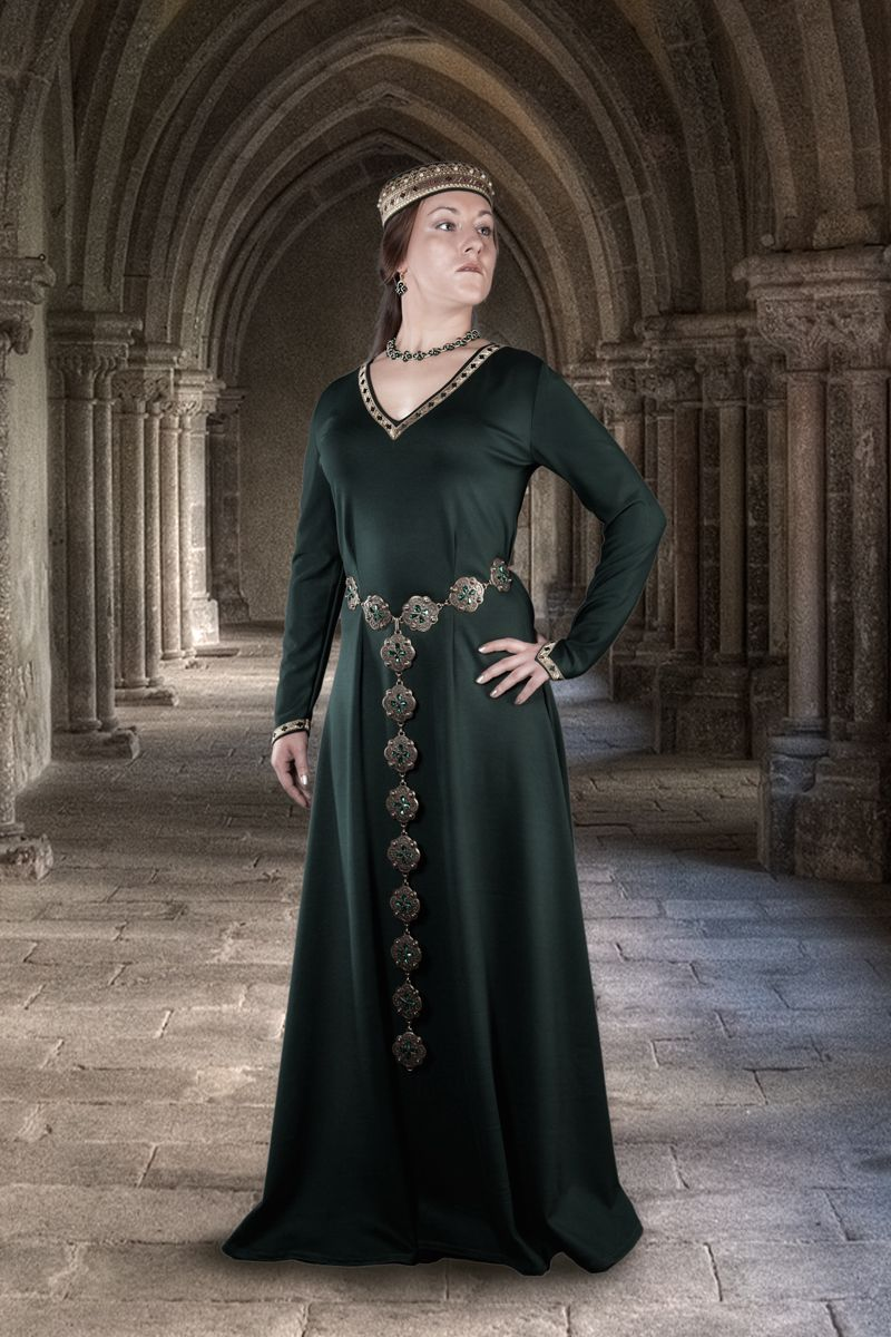 Королева средневековья картинки