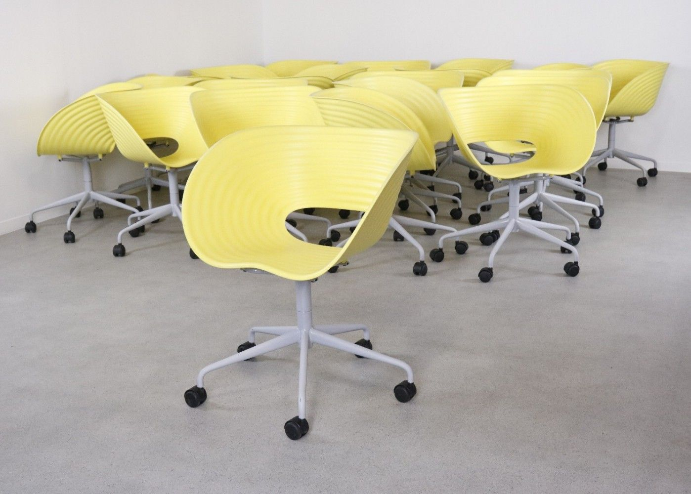 22 Tom Vac Swivel Office Chairs By Ron Arad For Vitra 1999