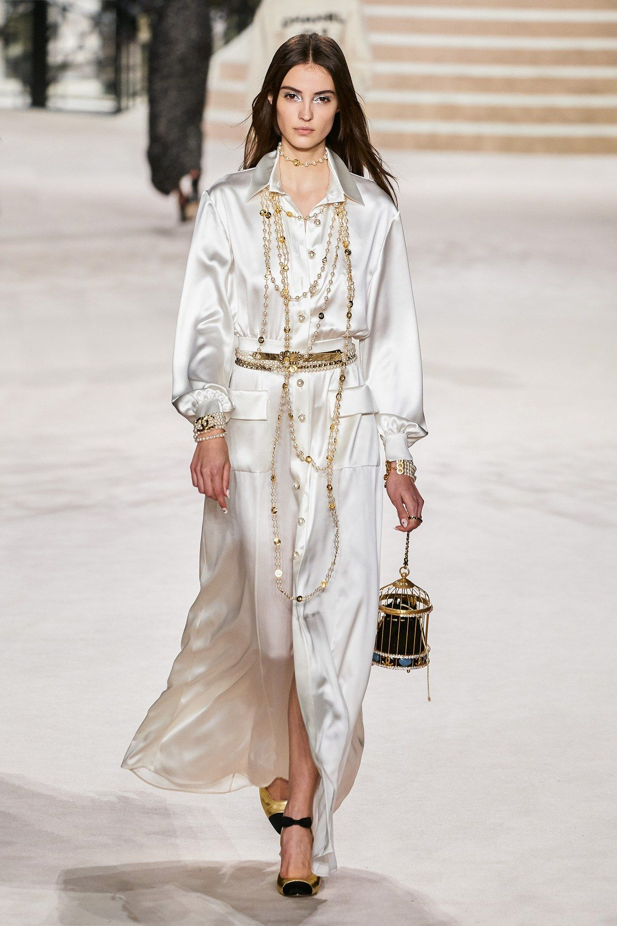 Chanel Pre Fall 20 collection, runway looks, beauty, models, and ...