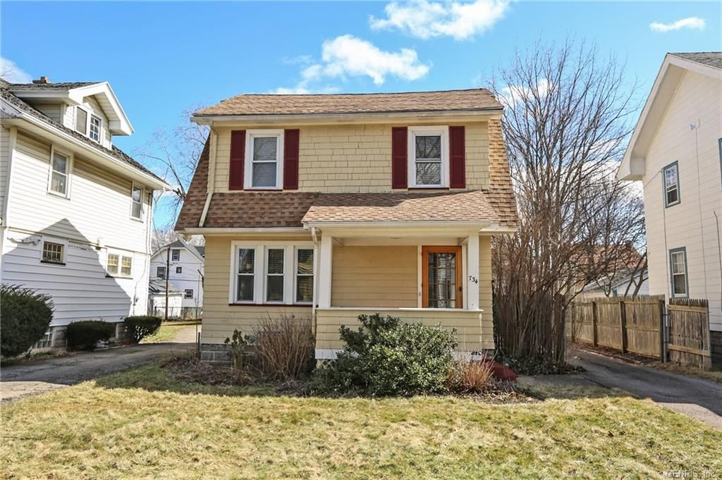 734 Woodbine Avenue Rochester Ny New York Price 84 900 Estate Homes Real Estate Property Search