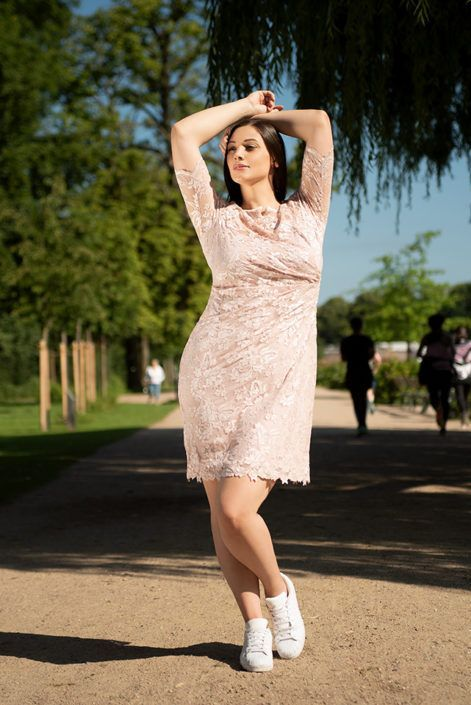 Photo of 2635 I Curvy Dress von Olvis Lace: Abendkleid / Eventkleid / Klei