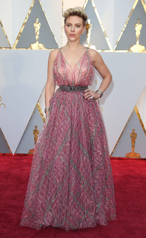 Moderno Scarlett Johansson Vestido De Novia Composición - Vestido de ...