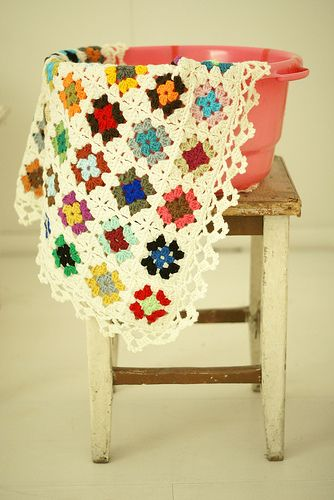 Great crocheted edge - blanket maddie by wood & wool stool, via Flickr
