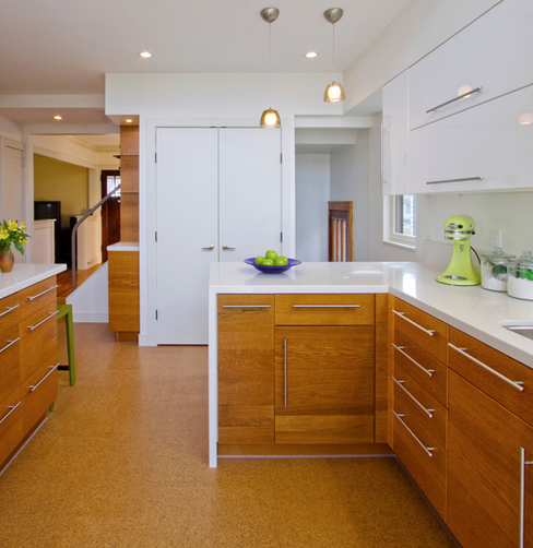Cork Floor. Wood White counters. Great Drawer