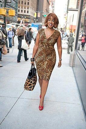 18c99eef22fa Journalist Gayle King in a lovely leopard dress.